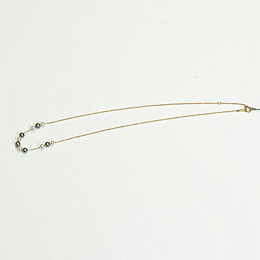 ネックレス・あこや本真珠4.0mmマルチカラー・K18イエローゴールドスクリューチェーン40cm普段使いに最適です。